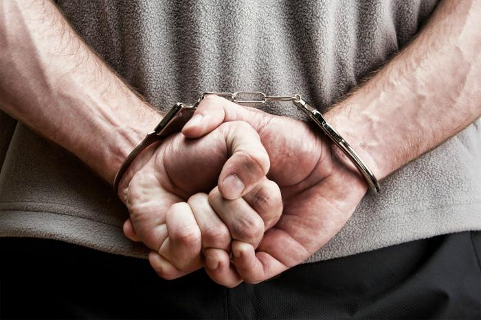 Чем отличается уголовное от административного